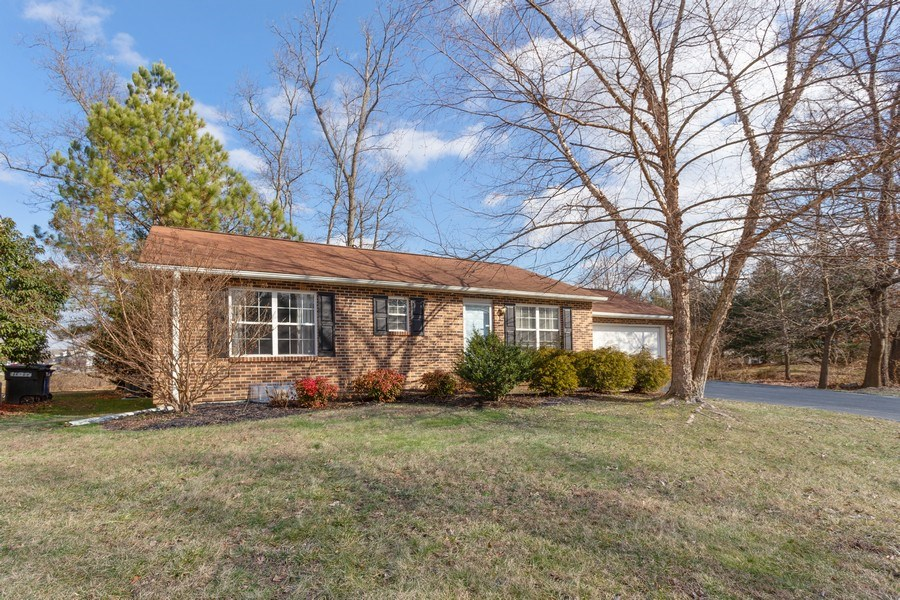 Real Estate Photography - 8 Edgewood Ave, New Castle, DE, 19720 - Front View