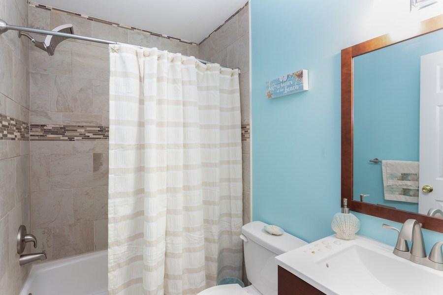 Real Estate Photography - 8 Edgewood Ave, New Castle, DE, 19720 - Bathroom