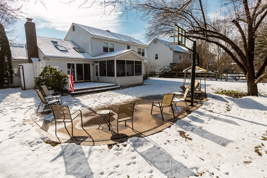 Real Estate Photography - 307 Charleston Dr, Wilmington, DE, 19808 - Large Patio