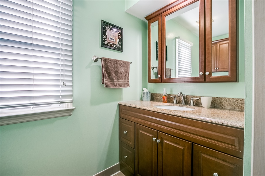 Real Estate Photography - 307 Charleston Dr, Wilmington, DE, 19808 - Private Owners Bath