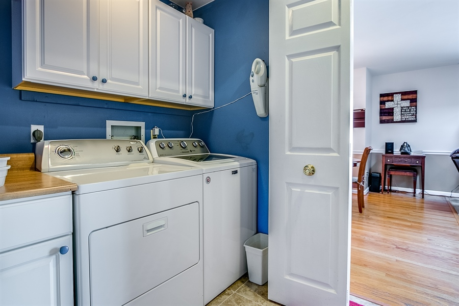 Real Estate Photography - 307 Charleston Dr, Wilmington, DE, 19808 - First Floor Laundry
