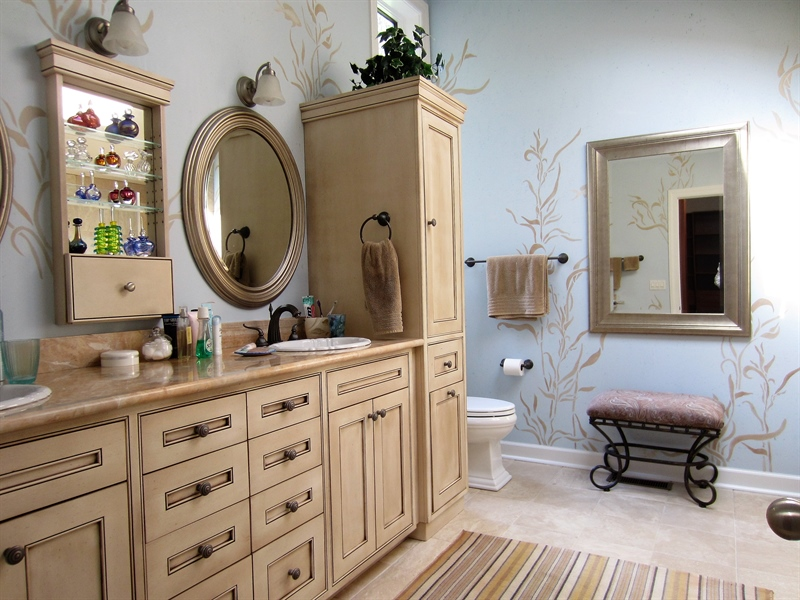 Real Estate Photography - 465 Polly Drummond Hill Rd, Newark, DE, 19711 - Master suite attached bath