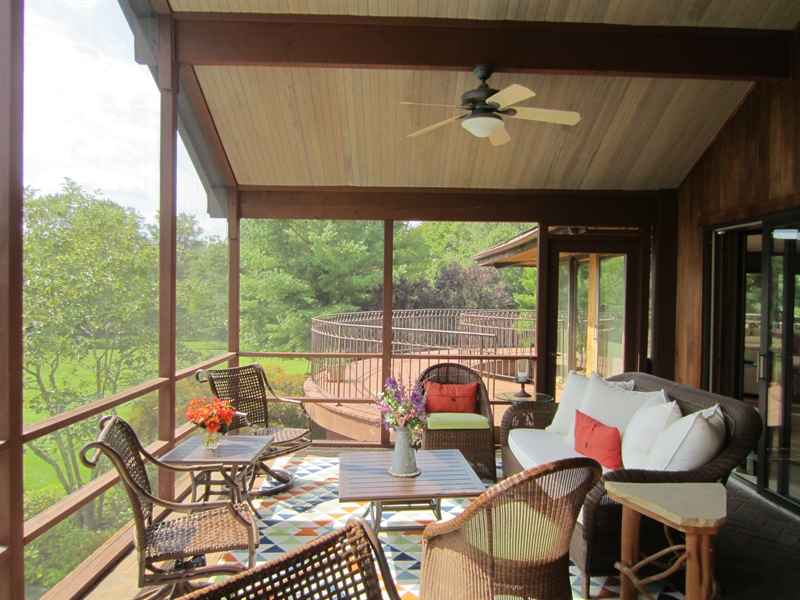 Real Estate Photography - 465 Polly Drummond Hill Rd, Newark, DE, 19711 - Screened in porch