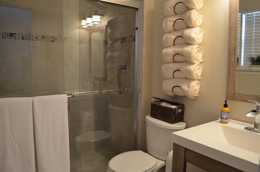 Real Estate Photography - 39 Julie Ln, Newark, DE, 19711 - Awesome New Master Bathroom