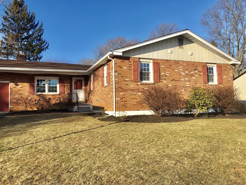 Real Estate Photography - 2211 Charwood Dr, Wilmington, DE, 19810 - Location 1