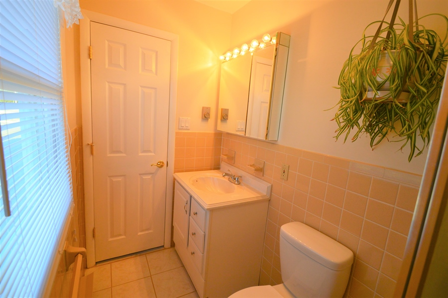 Real Estate Photography - 834 Churchtown Rd, Middletown, DE, 19709 - Master Bath