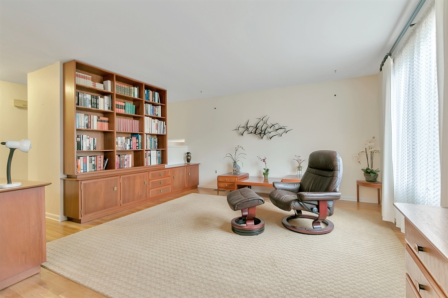 Real Estate Photography - 265 Pond Dr, Hockessin, DE, 19707 - Another view of the living room