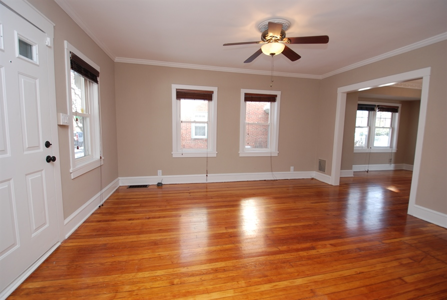 Real Estate Photography - 406 S Sycamore St, Wilmington, DE, 19805 - Living room