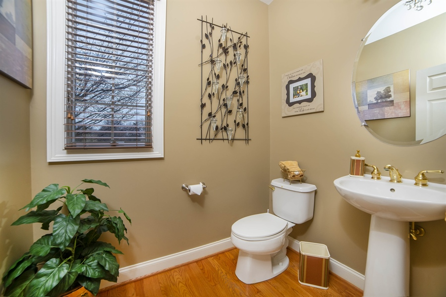 Real Estate Photography - 8 Kentshire Ct, Wilmington, DE, 19807 - Center Island with Seating & Storage