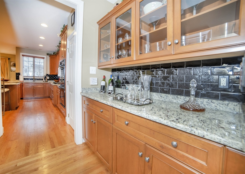 Real Estate Photography - 8 Kentshire Ct, Wilmington, DE, 19807 - Open Staircase at Second Level