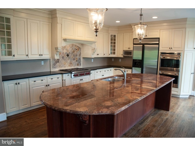 Real Estate Photography - 102 Wyndham Hill Dr, Kennett Square, PA, 19348 - Kitchen