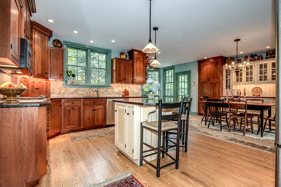Real Estate Photography - 3202 Swarthmore Rd, Wilmington, DE, 19807 - Eat in Kitchen