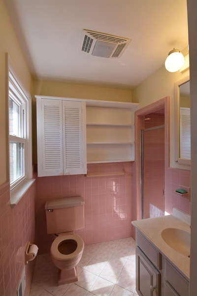 Real Estate Photography - 2 Galaxy Dr, Newark, DE, 19711 - Master bath with shower stall