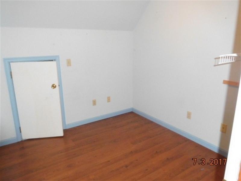 Real Estate Photography - 14255 Saint Johnstown Rd, Greenwood, DE, 19950 - Office