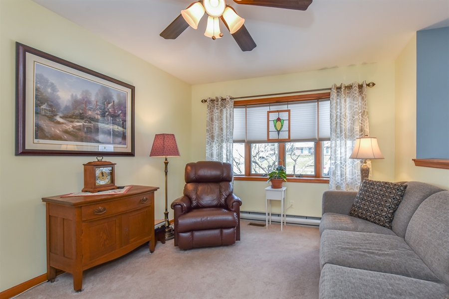 Real Estate Photography - 512 Saint Charles St, Elkton, MD, 21921 - Living Room with Bay window