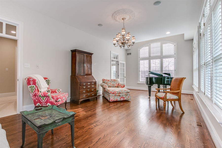 Real Estate Photography - 400 Woodale Dr, Kennett Square, PA, 19348 - Conservatory