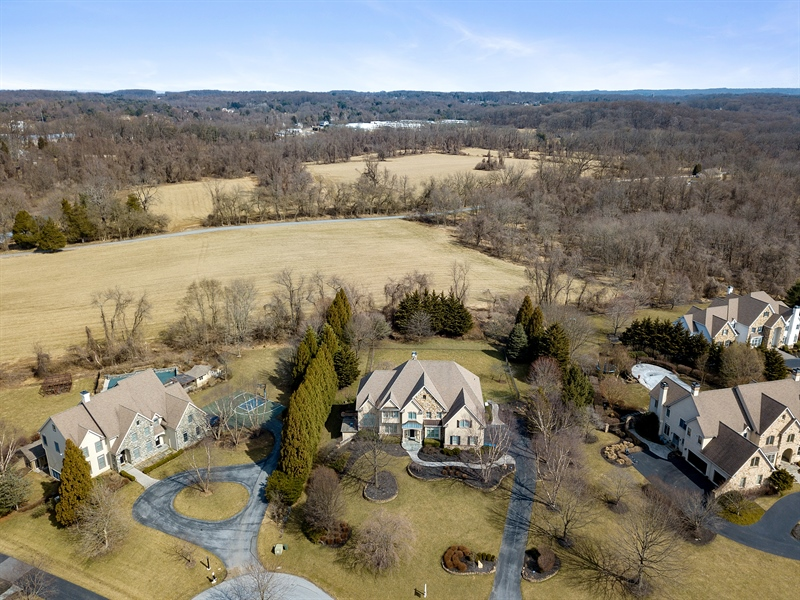 Real Estate Photography - 400 Woodale Dr, Kennett Square, PA, 19348 -