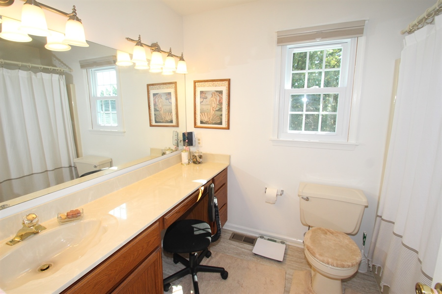 Real Estate Photography - 140 Brookview Loop, Elkton, MD, 21921 - Master Bath