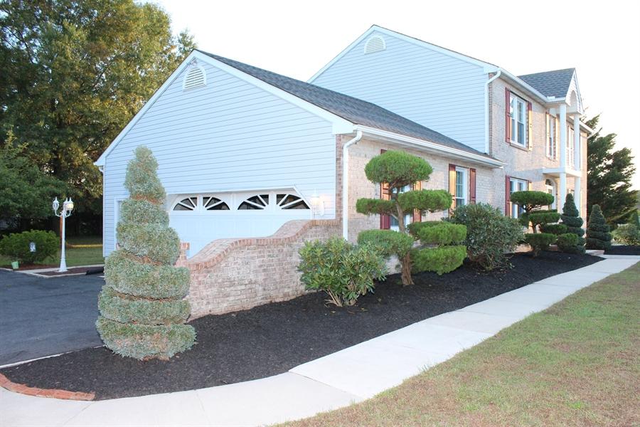 Real Estate Photography - 140 Brookview Loop, Elkton, MD, 21921 - Sidewalk to the front door