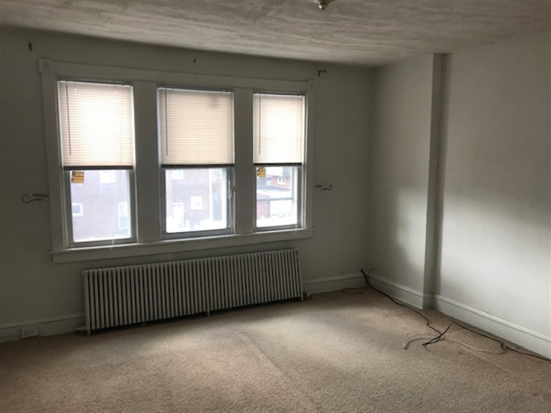 Real Estate Photography - 603 W 29th St, Wilmington, DE, 19802 - Location 3