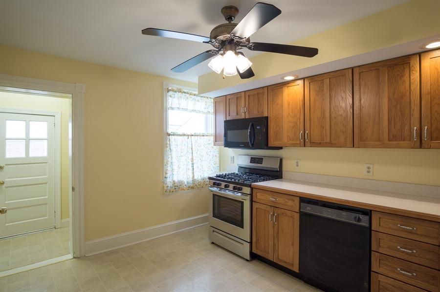 Real Estate Photography - 221 Bayard Ave, Wilmington, DE, 19805 - Location 9