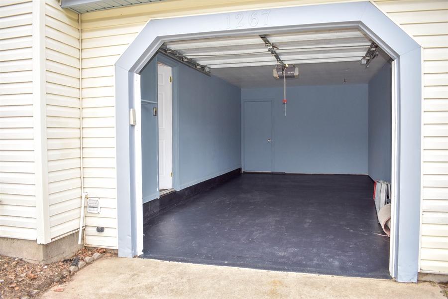 Real Estate Photography - 1267 S Farmview Dr, Dover, DE, 19904 - Garage