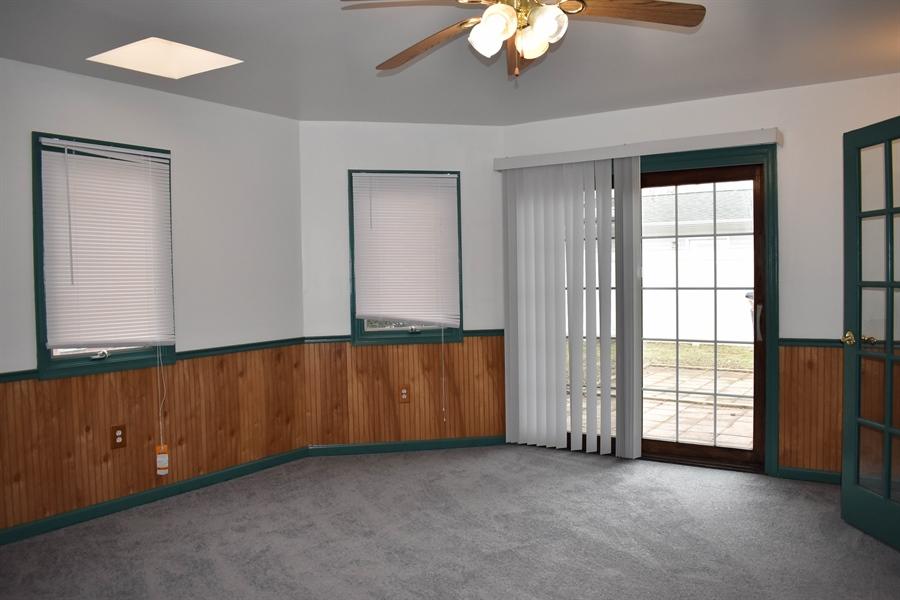 Real Estate Photography - 1267 S Farmview Dr, Dover, DE, 19904 - Florida Room w/ Sliding Glass Door to Rear Patio