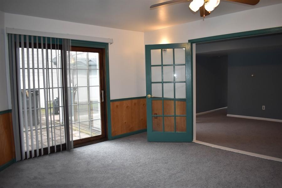 Real Estate Photography - 1267 S Farmview Dr, Dover, DE, 19904 - Florida Room to Family Room