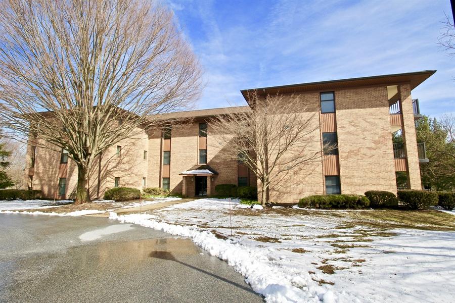 Real Estate Photography - 3207 Falcon Ln, Wilmington, DE, 19808 - Location 1