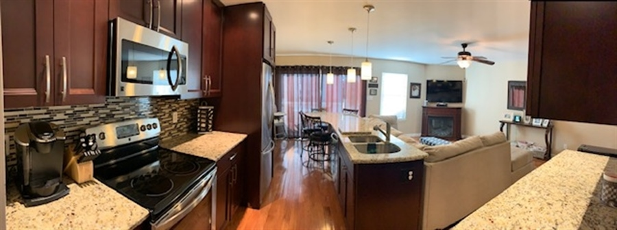Real Estate Photography - 702 6th St, Newark, DE, 19711 - PanoView of Gorgeous Kitchen