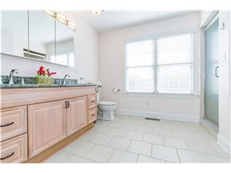 Real Estate Photography - 3103 W 4th St, Wilmington, DE, 19805 - Location 16