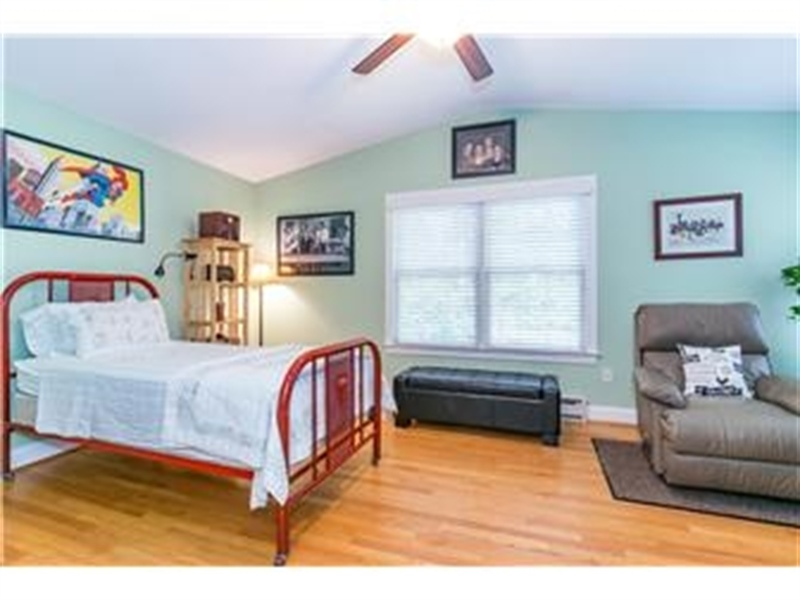 Real Estate Photography - 3103 W 4th St, Wilmington, DE, 19805 - Location 19