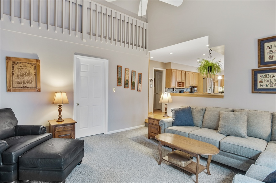 Real Estate Photography - 7 Stone Barn Dr, Hockessin, DE, 19707 - FR w/Vaulted Ceilings