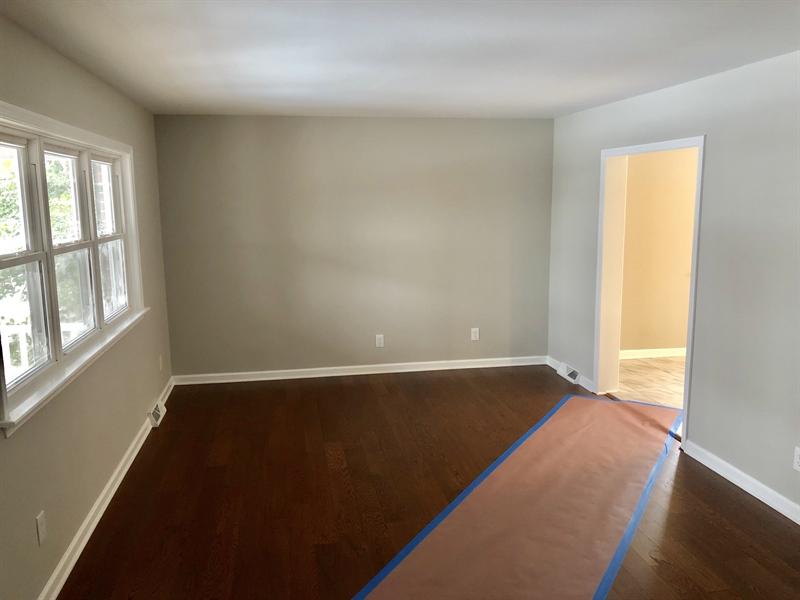 Real Estate Photography - 1500 Manion Pl, Wilmington, DE, 19805 - Living Room