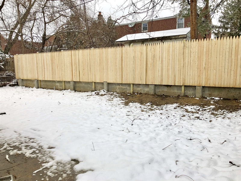 Real Estate Photography - 1500 Manion Pl, Wilmington, DE, 19805 - Fenced in Backyard