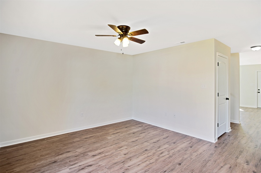 Real Estate Photography - 300 Virginia Ave, Wilmington, DE, 19805 - Location 9