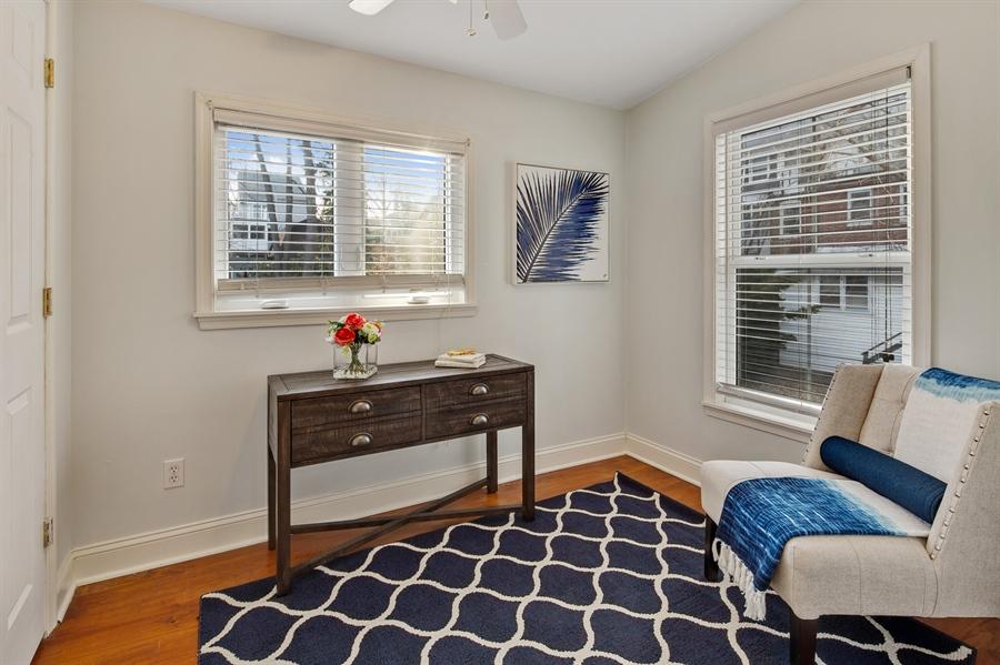 Real Estate Photography - 1324 Shallcross Ave, Wilmington, DE, 19806 - Master sitting room/dressing room/bonus space
