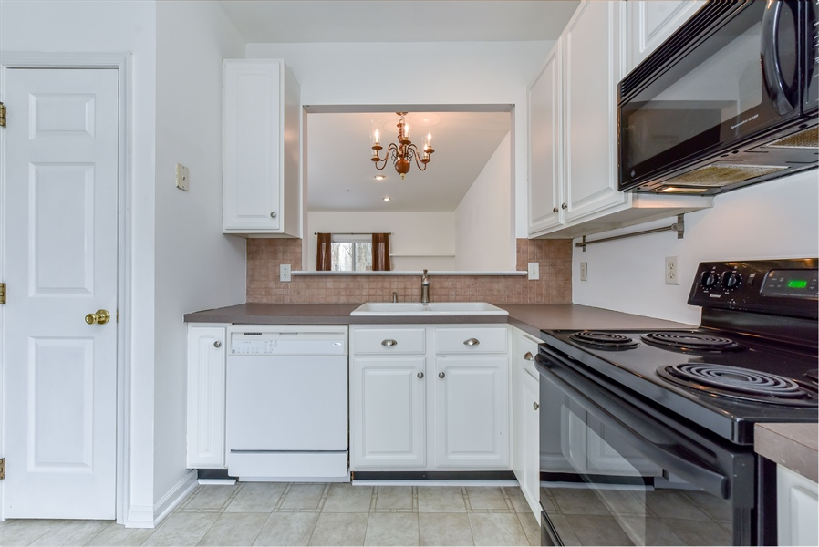 Real Estate Photography - 51 Mule Deer Ct, Elkton, MD, 21921 - Double sink, disposal and convenient pantry