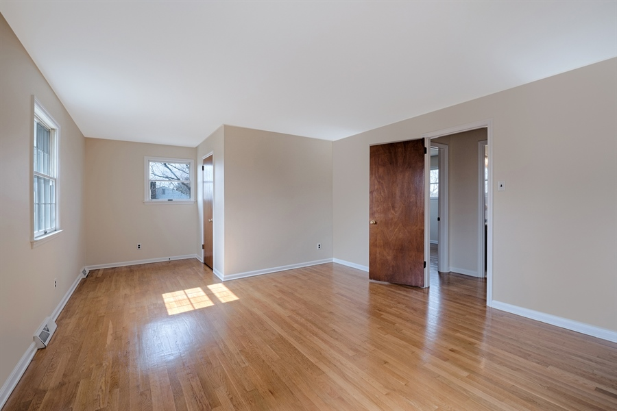 Real Estate Photography - 25 Kennedy Blvd, Elkton, MD, 21921 - 2ND BEDROOM, VERY LARGE WITH WALK IN CLOSET