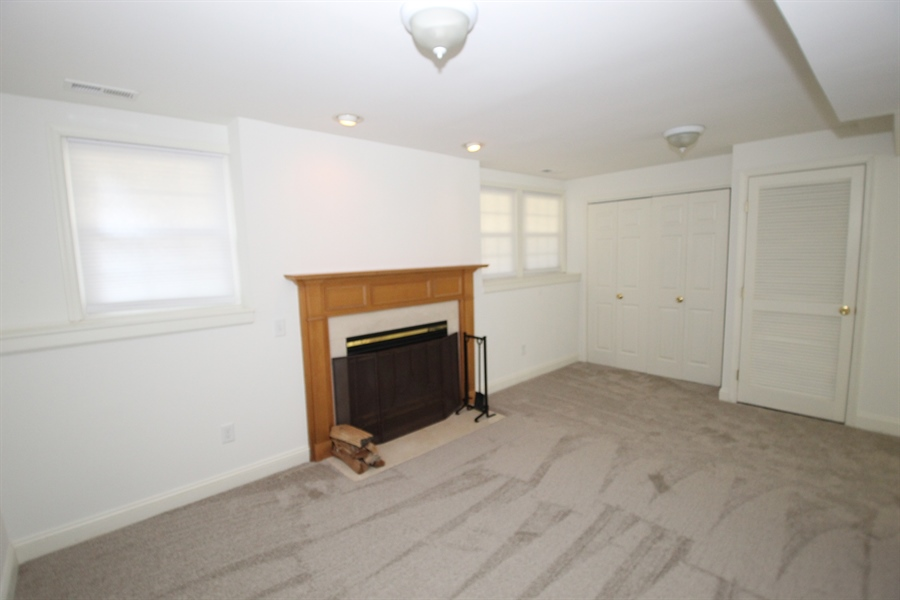 Real Estate Photography - 116 Steven Ln, Wilmington, DE, 19808 - Entry level family-room with fireplace