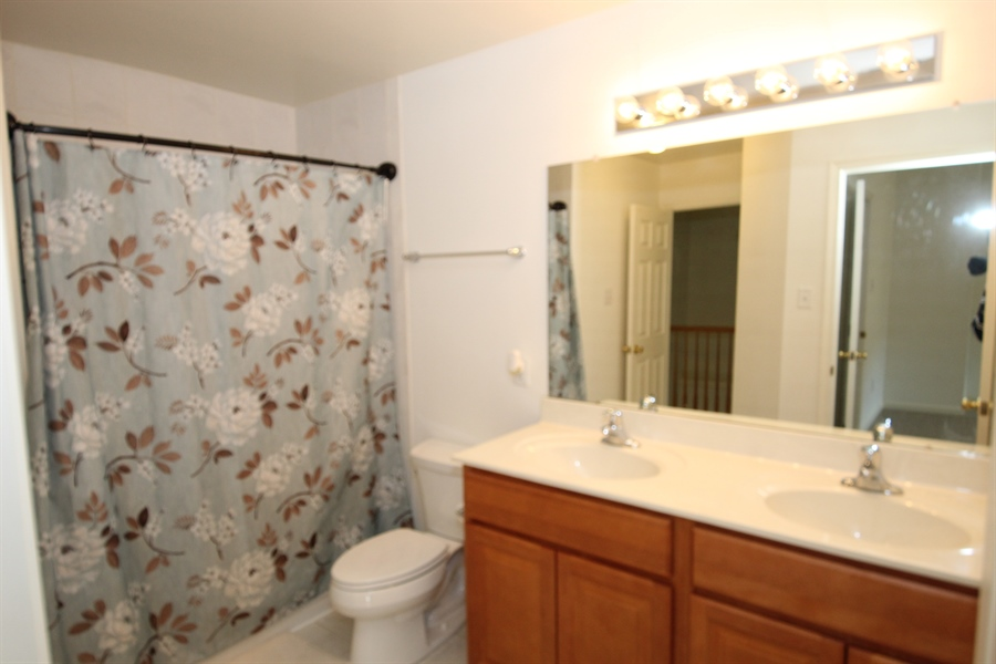 Real Estate Photography - 116 Steven Ln, Wilmington, DE, 19808 - Double sink hall bath