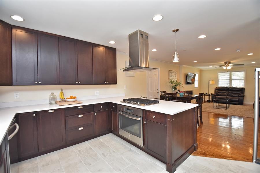 Real Estate Photography - 2210 Marsh Rd, Wilmington, DE, 19810 - Location 6