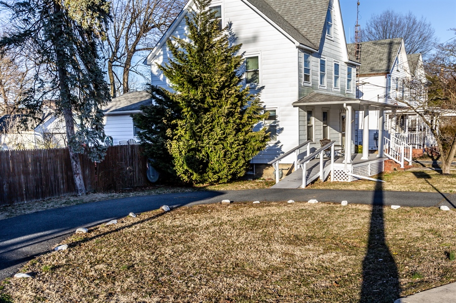 Real Estate Photography - 229 W Main St, Elkton, MD, 21921 - Off Street Parking