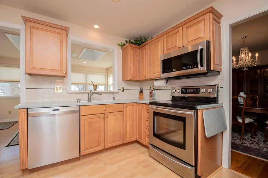 Real Estate Photography - 947 Rahway Dr, Newark, DE, 19711 - Updated Kitchen