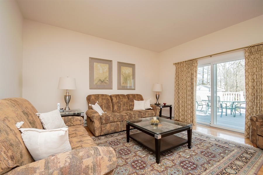 Real Estate Photography - 947 Rahway Dr, Newark, DE, 19711 - Family Room