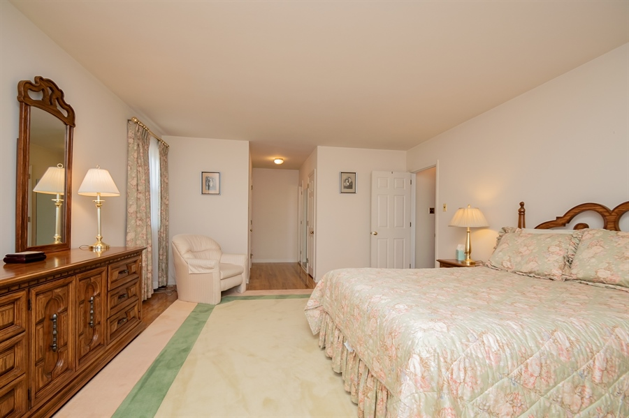 Real Estate Photography - 947 Rahway Dr, Newark, DE, 19711 - Two Closets & Private Bath