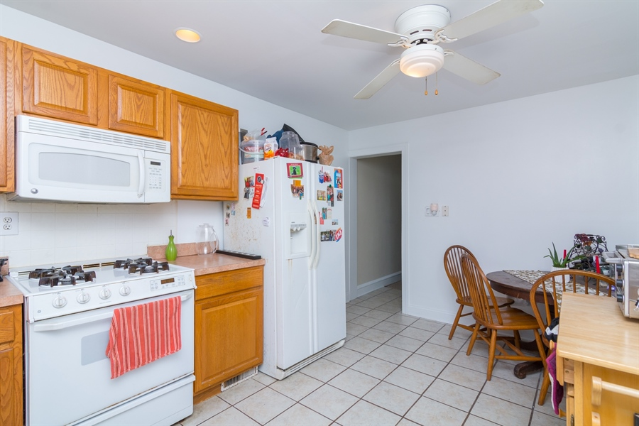 Real Estate Photography - 2408 W 6th St, Wilmington, DE, 19805 - Location 6