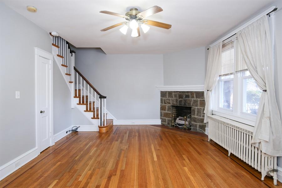 Real Estate Photography - 2313 N Franklin St, Wilmington, DE, 19802 - Living Room