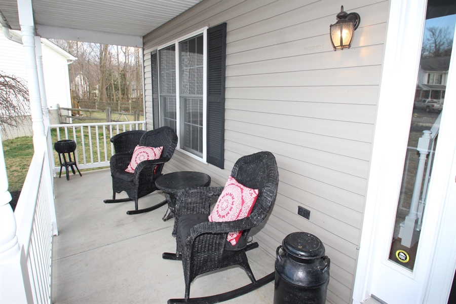 Real Estate Photography - 8 Windsor Ct, Elkton, MD, 21921 - Front Porch