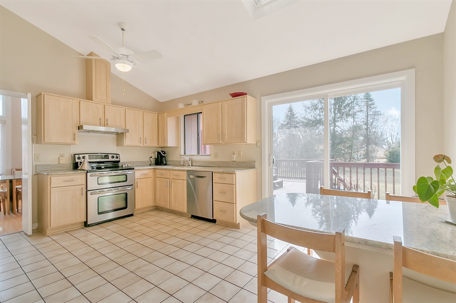 Real Estate Photography - 128 Country Flower Rd, Newark, DE, 19711 - Location 6
